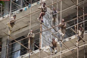 تبعیض در حقوق کارگران فصلی پذیرفته نیست