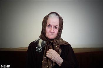 بازیگر زن معروف ایرانی از بیمارستان مرخص شد