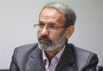 """""""احمدینژاد"""" خبر اصلی نیست"""