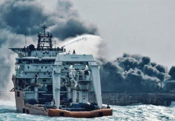 تنها یکی از دریانوردان ایرانی فرصت ورود به آب را داشته