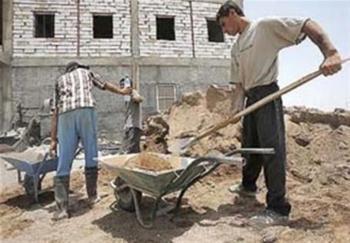 عید نزدیک شد کارگران قرارداد موقت عزا گرفتند