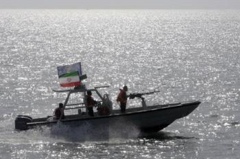 رویارویی قایق های تندرو ایران با نیروهای آمریکا متوقف شده است