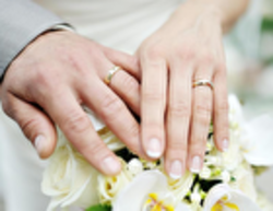 چرا دختران با مردان بالای ۶۰ ازدواج می کنند؟
