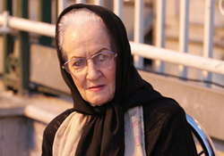 بازیگر زن معروف  ایرانی در سی سی یو بستری شد