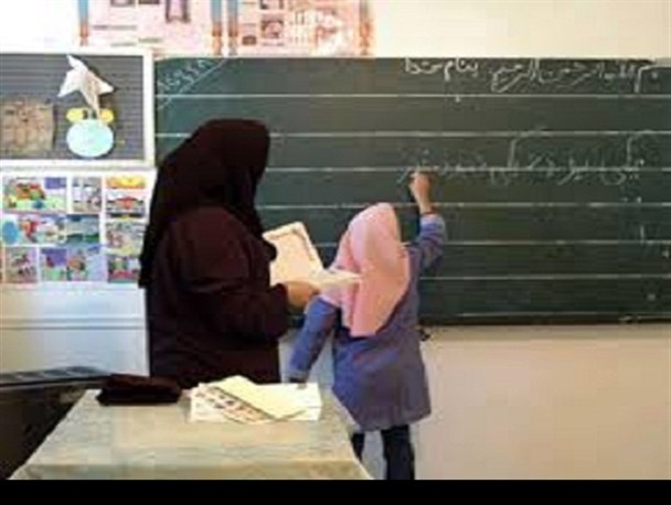 فرهنگیان بازنشسته خواستار ترمیم حقوق