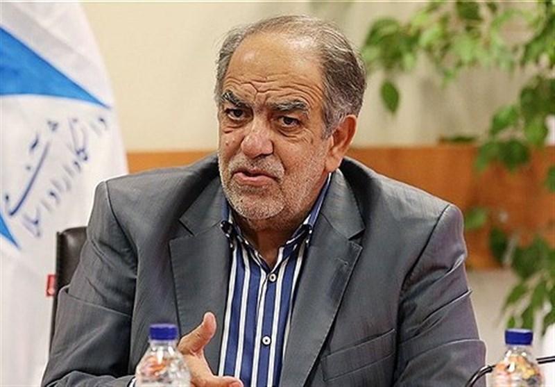 مشاور روحانی: بانک مرکزی مقصر نابسامانی ارزی است/کلاهبرداری با دلار دولتی