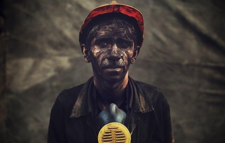 آیین نامه ایمنی کار و کاهش حوادث کار در محیط بسته
