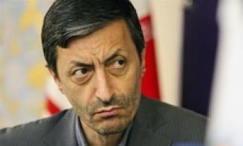 امتناع فتاح از پیشنهاد دولتیها/ وزیر نمی شوم