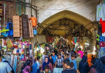 تریبون نماز جمعه در خدمت بیان مشکلات بازار قرار دارد