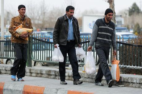 جزییات توزیع بسته غذایی دولت در بین کارگران
