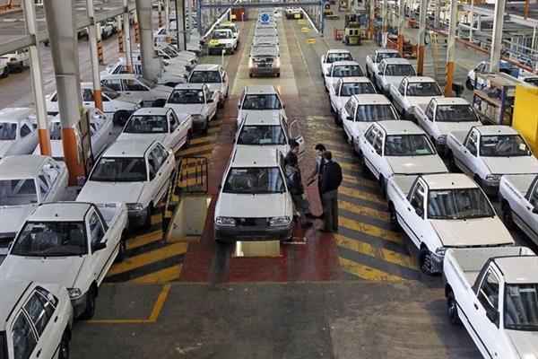 مصوبه قیمت خودرو در انتظار تأیید وزیر صنعت