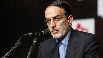 ظریف به جمهوری اسلامی خیانت کرده