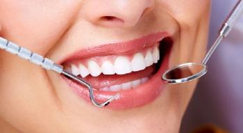 بهترین درمان خانگی موثر در درمان درد دندان عقل