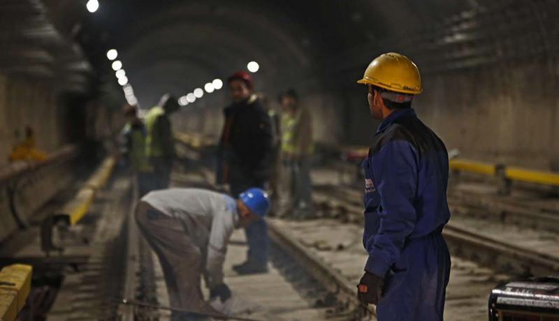اعتراض کارگران نگهداری از خطوط راه آهن آذربایجان به معوقات مزدی