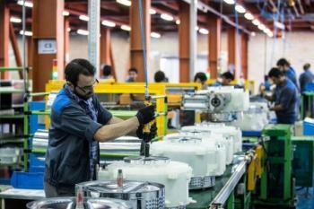 حداقل دستمزد 13 میلیون کارگر ایرانی اعلام شد