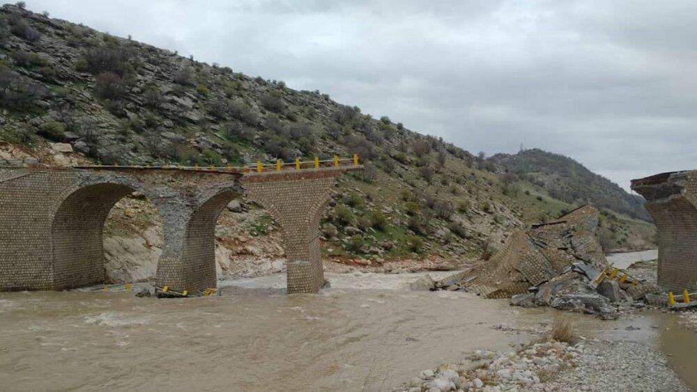 پلدختر/پل دوساله در سیل ویران شد اما پل صد ساله نه +عکس