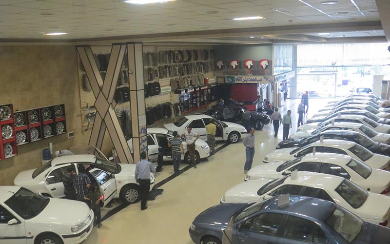 قمیت خودرو باز هم پایین تر آمد/کسی خریدار نیست/کاهش ۲۲میلیونتومانی
