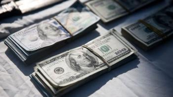 فوری /کاهش قیمت دلار تا 9 هزار تومان آغاز شد