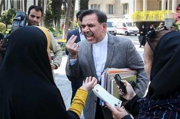 کارنامه جدیدی از لیبرال پیر بخوانید/عباس آخوندی چه کرد؟