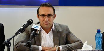 دقایقی قبل روی داد/بازداشت قائم مقام مدیر عامل ایران خودرو در دفتر کارش+عکس