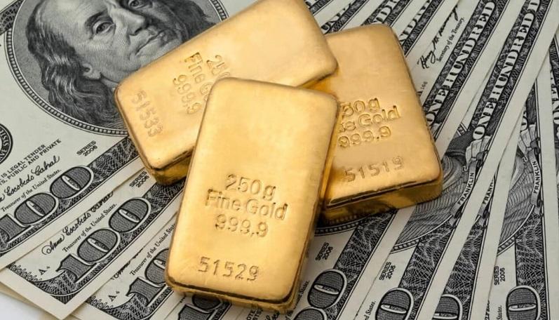 ادامه افت دلار و طلا در اولین روز از معاملات هفتگی