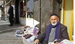 ویدیو/شیخ رجبعلی زنده را ببینید/سادگی و عمل به واجبات و ترک محرمات ویژگی مردان خداست