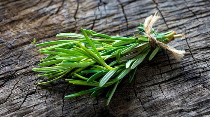 با این گیاه معطر زیبا و لاغر شوید و از فشار خون/ کم خونی/ کبد چرب/ مشکلات کلیه و سلول های سرطانی دور شوید