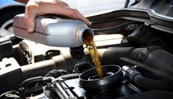 روغن موتور کمیاب شد/ چرا عرضه روغن موتور قطرهچکانی شد؟