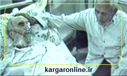 عکس/ عارف گمنامی که لحظات آخر بر پیشانی امام خمینی ره دست گذاشت و برایش دعا کرد