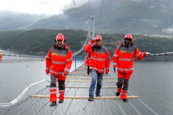 در نروژ چگونه حداقل دستمزد کارگران را تعیین میکنند؟