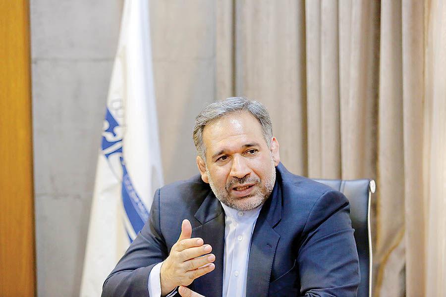رئیس مجلس سخنگوی نمایندگان است نه رئیس آنها/۸ عضو کابینه و ۹ استاندار احمدینژاد به به مجلس جدید راه یافتند/اقدامFATF وقتی تحریم هستیم، هیچ اثری ندارد