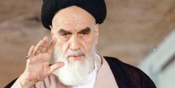 بهرهگیری از فضای مجازی برای معرفی اندیشههای امام خمینی (ره)