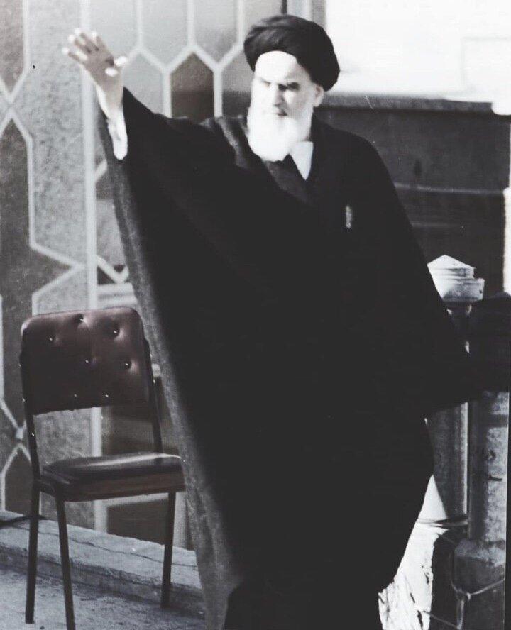 ببینید | عکسی کمتر دیده شده از امام خمینی ره