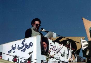 درباره نامه آقای موسوی خوئینیها!/ مسئولیتگریزی با چاشنی ابتذال!