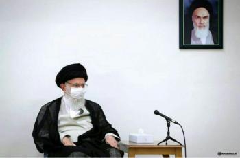 استفاده رهبر انقلاب از ماسک (عکس)