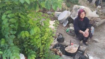 زندگی عجیب زنی که ۶۰ سال است در کوهستان زندگی میکند
