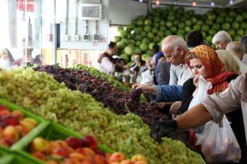 سرانه مصرف میوه ایرانیان چقدر است؟