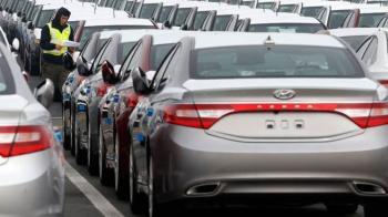 احتمال واردات خودرو هنوز وجود دارد/ رکود فعلی بازار خودرو برای چیست؟