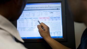 مرکز معاملات بورس دچار اختلال شده است؟