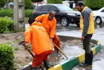 نارضایتی از تبعیض و پرداخت قطره چکانی حقوقبخشی از معوقات کارگران شهرداری رودبار پرداخت شد