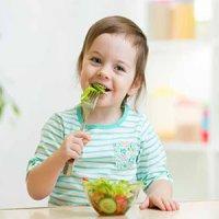 آیا کودکان در شیوع کرونا باید غذای خاصی مصرف کنند؟